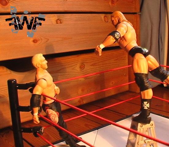 Dark Show #006 - Dark ECW Arena Photo-1-25f3e70